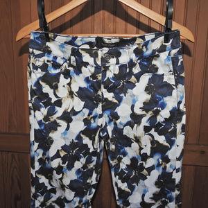 White House Black Market Blue Flower Pants Size 4R